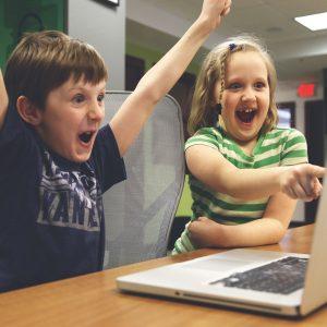 Jak gra komputerowa może nauczyć dzieci wybierać zdrową żywność?